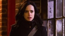 "Marvel's Jessica Jones's series premiere ""AKA Ladies Night"" kicks off with Krysten Ritter's voice over describing the seedy places (and accompanying bad behaviours) her P.I. gig takes her and we're positioned firmly […]"