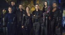 Syfy and Space launch their newest collaboration Friday night with a tandem premiere of Dark Matter, a new drama series from Joseph Mallozzi, one of the minds behind the Stargate […]