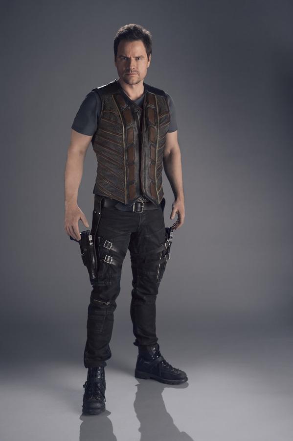 Dark Matter\'s Creator and Cast Tease Season One