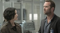 "In last week's ""Persecute Envoys,"" Blindspot turned the recent spate of police brutality cases coupled with the adoption of body cameras ever-so-slightly on its ear with a narrative about cops […]"