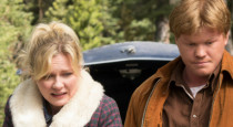 Instead of moving forward, as it has been, Fargo jumped back in time a little to show us what the Blumquists have been up to since we last saw them, […]