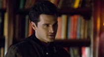 Enzo (Michael Malarkey) didn't exactly have the most compelling character arc on last season of The Vampire Diaries, but it sounds like he might be better integrated into the main […]